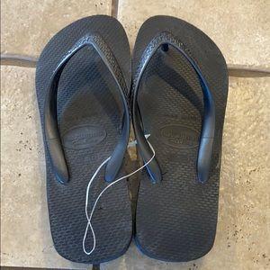 "Havaianas with a 1 1/2"" Heel"